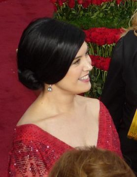 Phoebe_Cates_at_81st_Academy_Awards